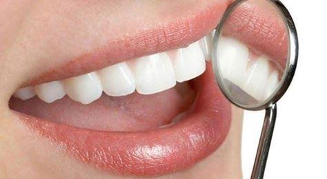 Реставрація зубу із застосуванням скловолоконних штифтів протягом одного візиту